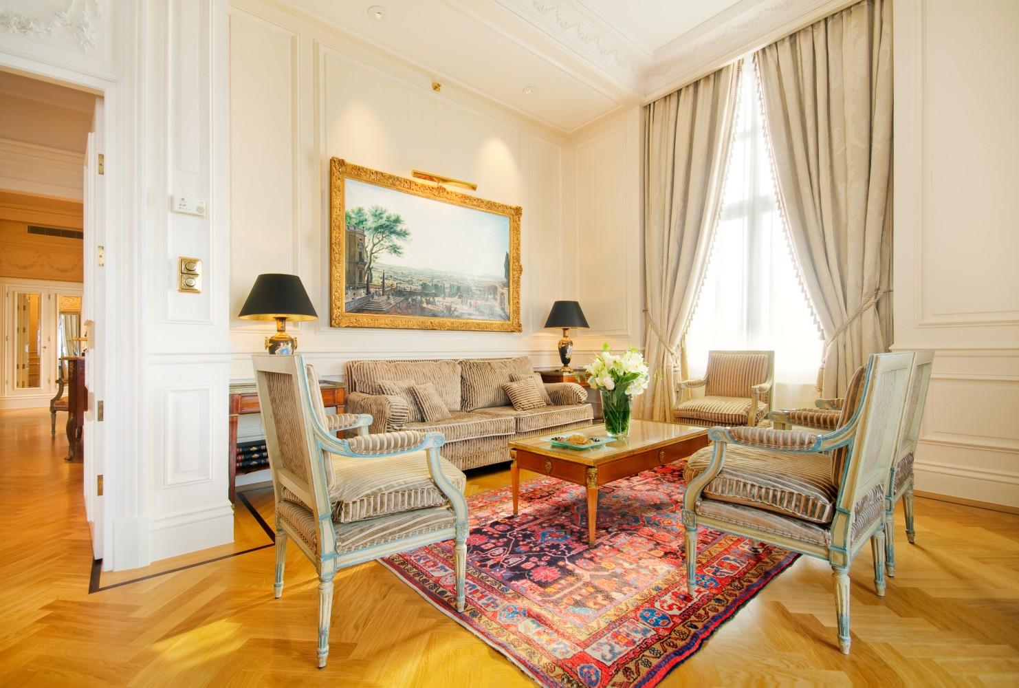 Intercontinental Amstel Hotel - Royal Suite Livingroom