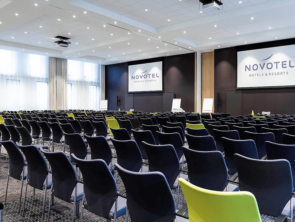 Hotel project FF&E OS&E Novotel Amsterdam Schiphol Airport (7)
